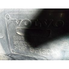 Volvo Спойлер на крышу   2356