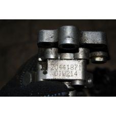Volvo топливный насос 20441871