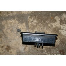 Volvo Блок управления стеклоподъемником 3944083
