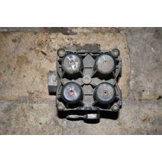 VOLVO  Кран защитный 4-х контурный 9347141400