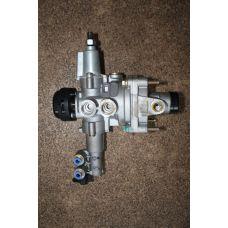 Кран тормозной 1215C8, WA05126Z, 1302096,239801